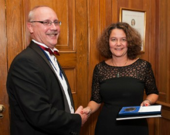 President of the Institute of Materials, Minerals and Mining (IOM3), Prof Jon Binner, awarded the prize to Dr Karin Hing. Image courtesy of IOM3.