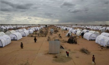 Image of a refugee camp courtesy of the Guardian (17/11/2015)